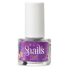 Snails play nagellak- raspberry pie