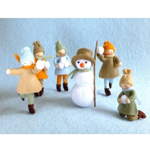 Vijf kinderen en een sneeuwpop - Atelier Pippilotta